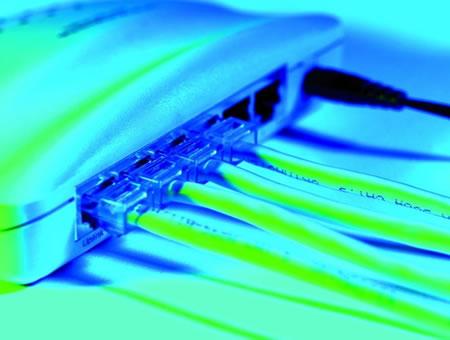 光纤比铜线网速快?